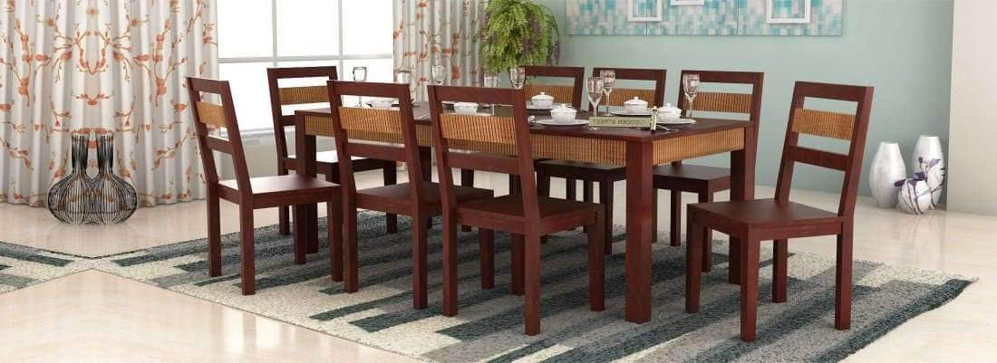 Got a big family? Exclusive 8 Seater dining table set for you