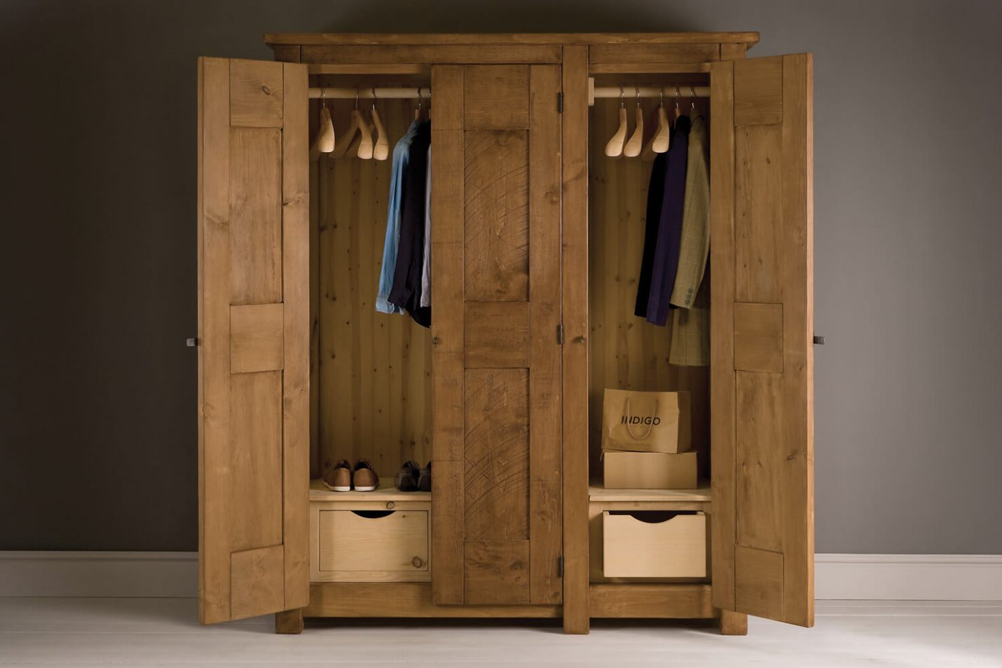 Born with a silver spoon? Your home needs an extortionate Wardrobe for Bedroom