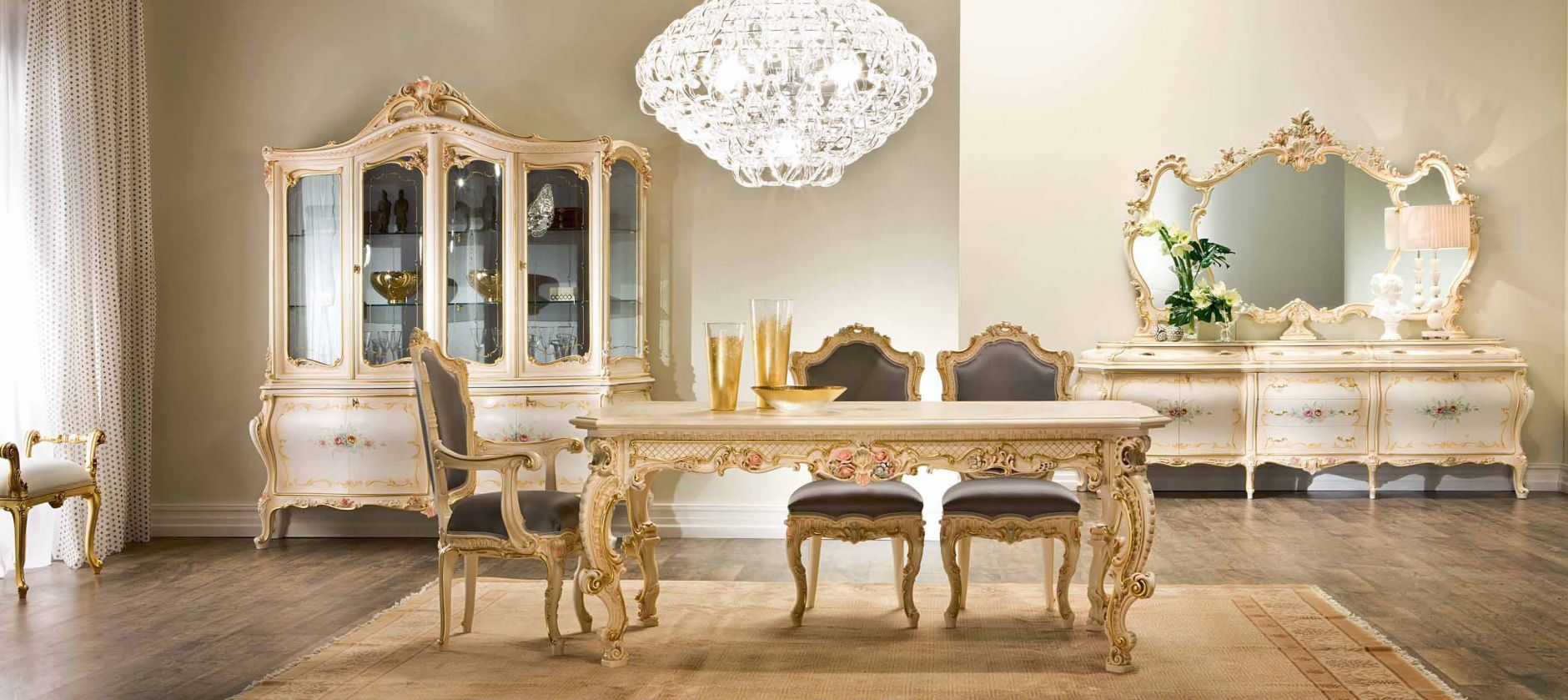 Add Luxury to Your Dining Room