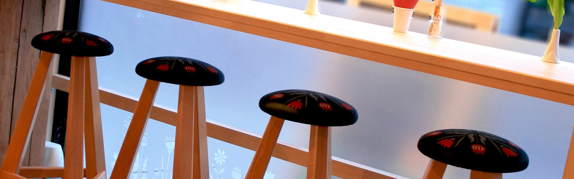 quirky-stools