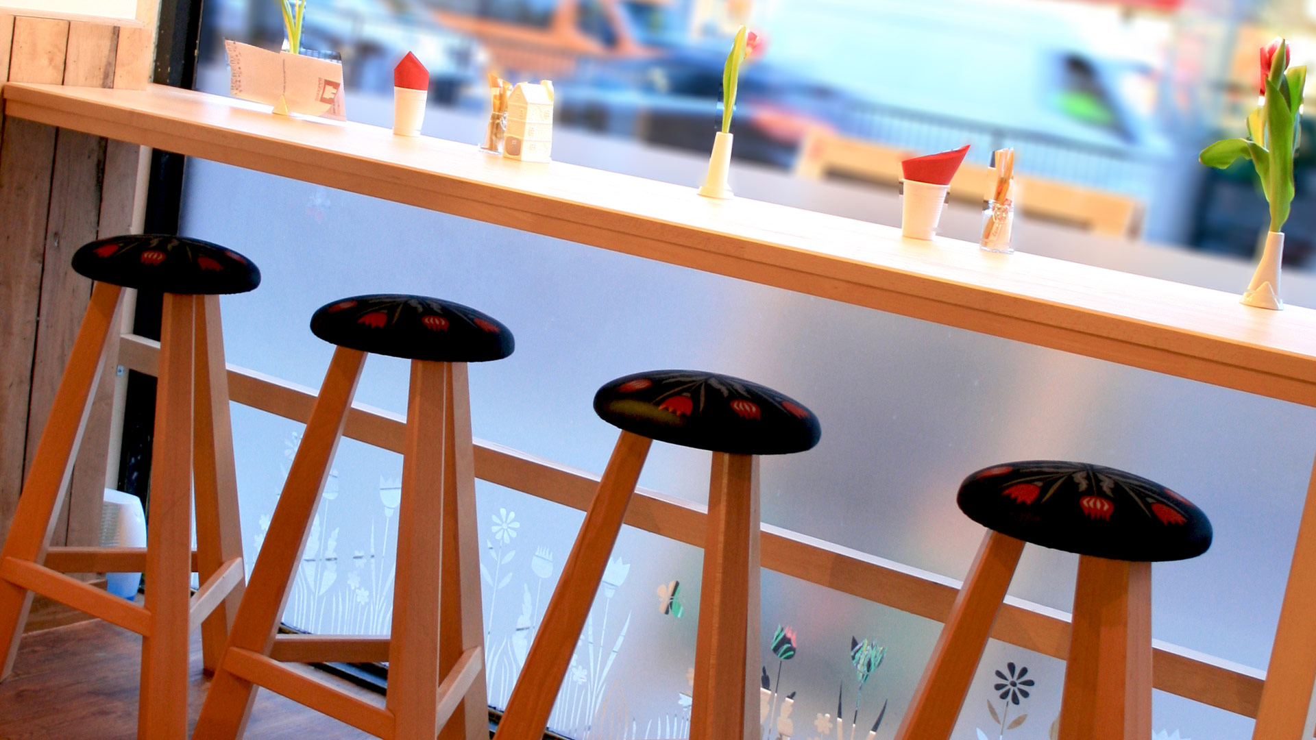 Get the Pep Vibe going at your Home with these quirky Stools