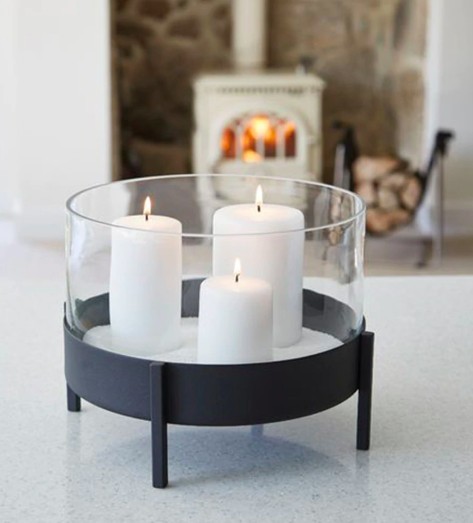 black-iron-round-candle-holder