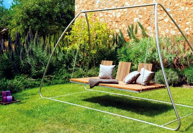 garden-swing