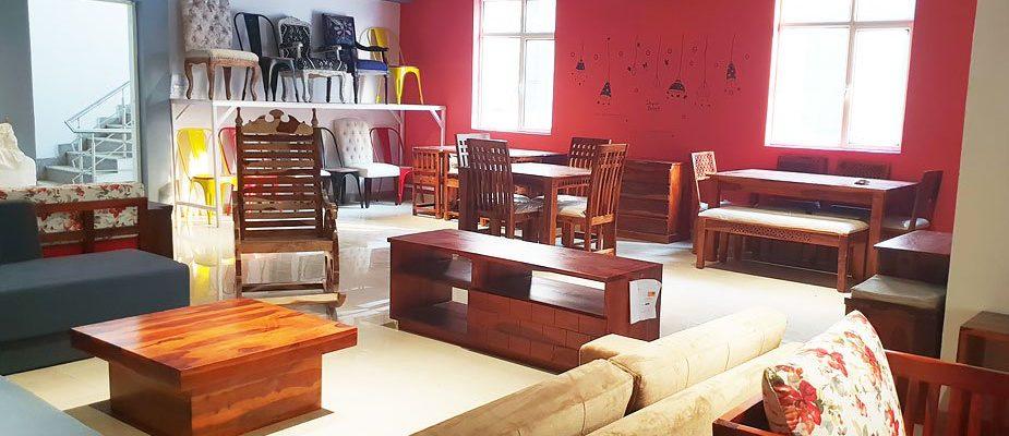 Furniture-Store-In-Noida-Wooden_Street
