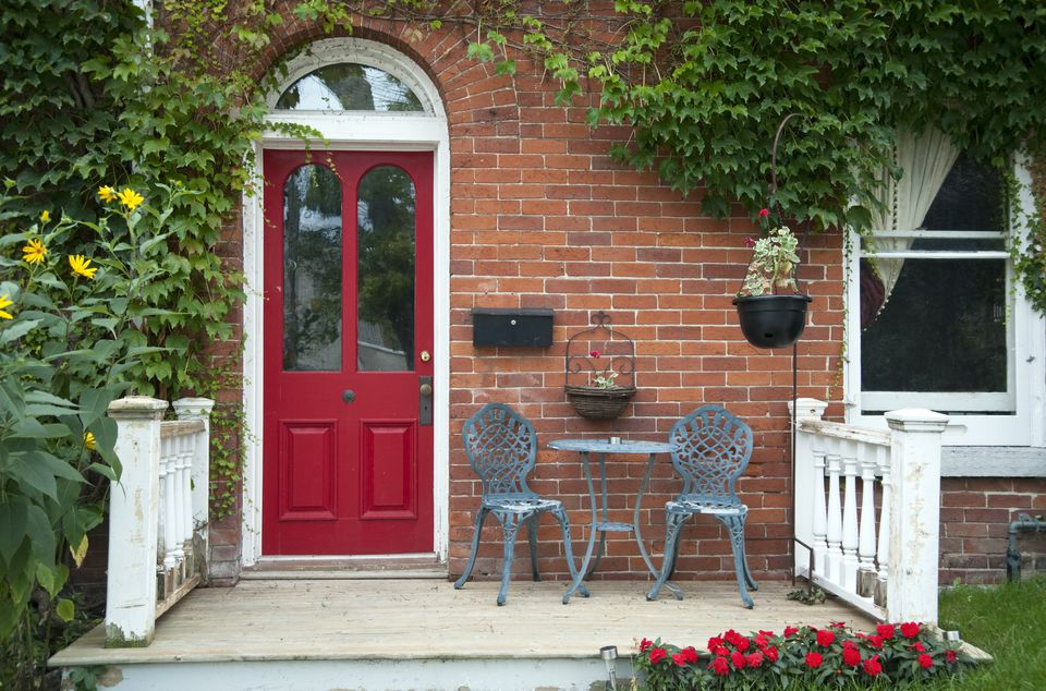 5 Hassle-Free Ways To Make a More Welcoming & Positive Entrance