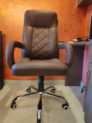 Executive_HighBack_Office_Revolving_Chair